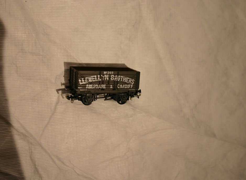 Replica models Llewellyn Brothers wagon model – Aberdare & Cardiff (ACVMS:1994.83_001)